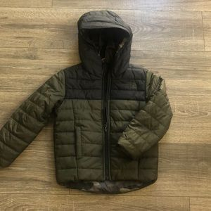 New The North Face reversible Camo puffer